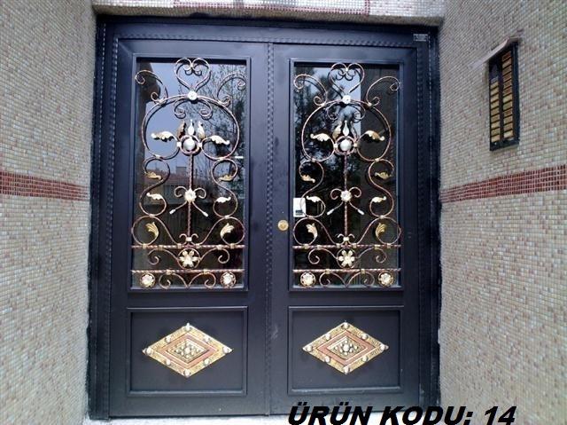 Ferforje demir kapı çeşitleri